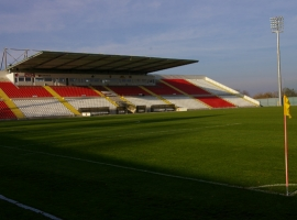 Futbolo stadionas ir Maniežas
